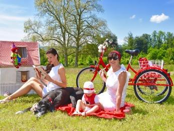 DIY-Playhause-for-Kids