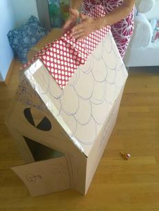 Paper-playhouse